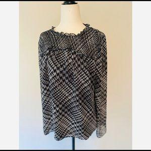 NWOT CeCe Long Sleeve Blouse Size Large